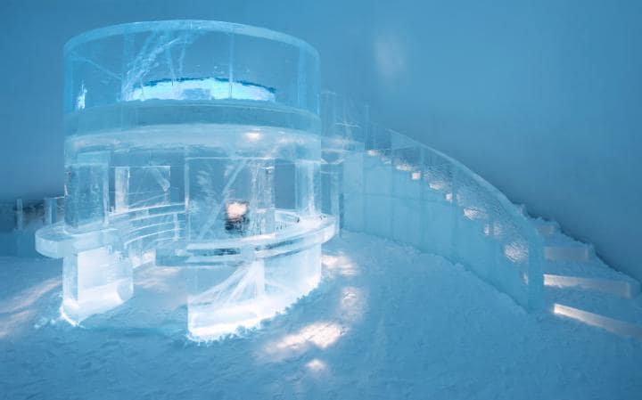 ice-hotel-ice-bar 2-large