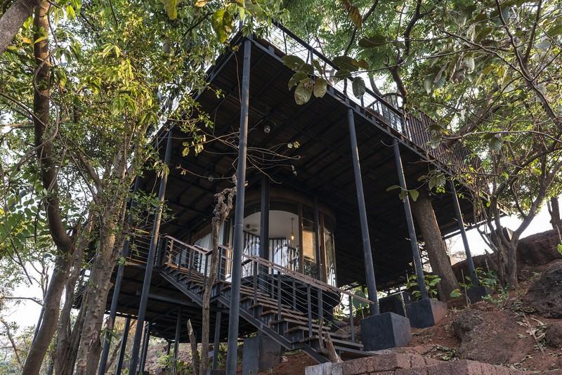 tree-house-126-1