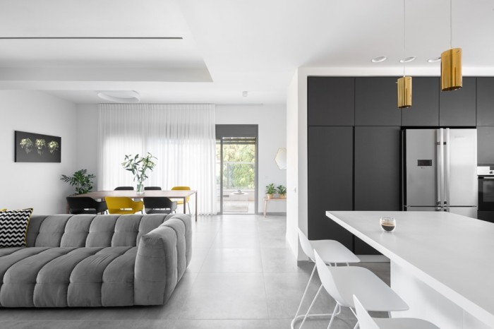 Apartment-in-mount-Carmel-by-Inbar-Menaged-03